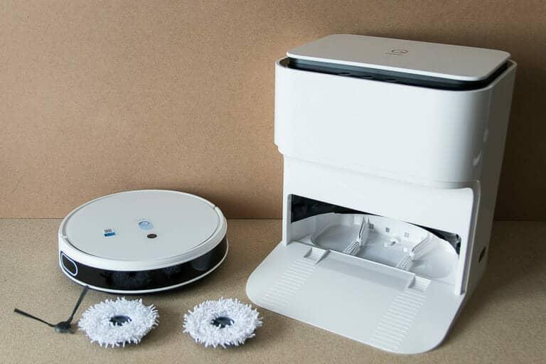 saug-wisch-roboter yeedi mop station